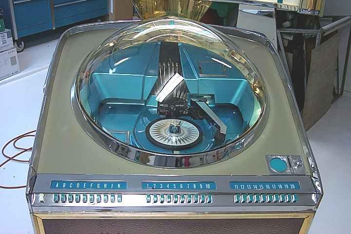 AMI Continental Jukebox of 1961 at www.pinballrebel.com