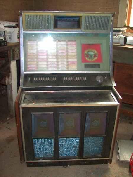Rock Ola 445 Jukebox Of 1971 At Www Pinballrebel Com