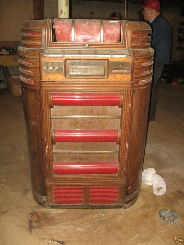 seeburg regal symphonola jukebox of 1938 at