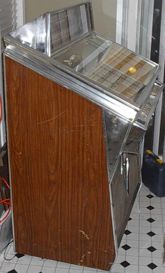 wurlitzer 2600 jukebox series of 1962 at  pinballrebel com