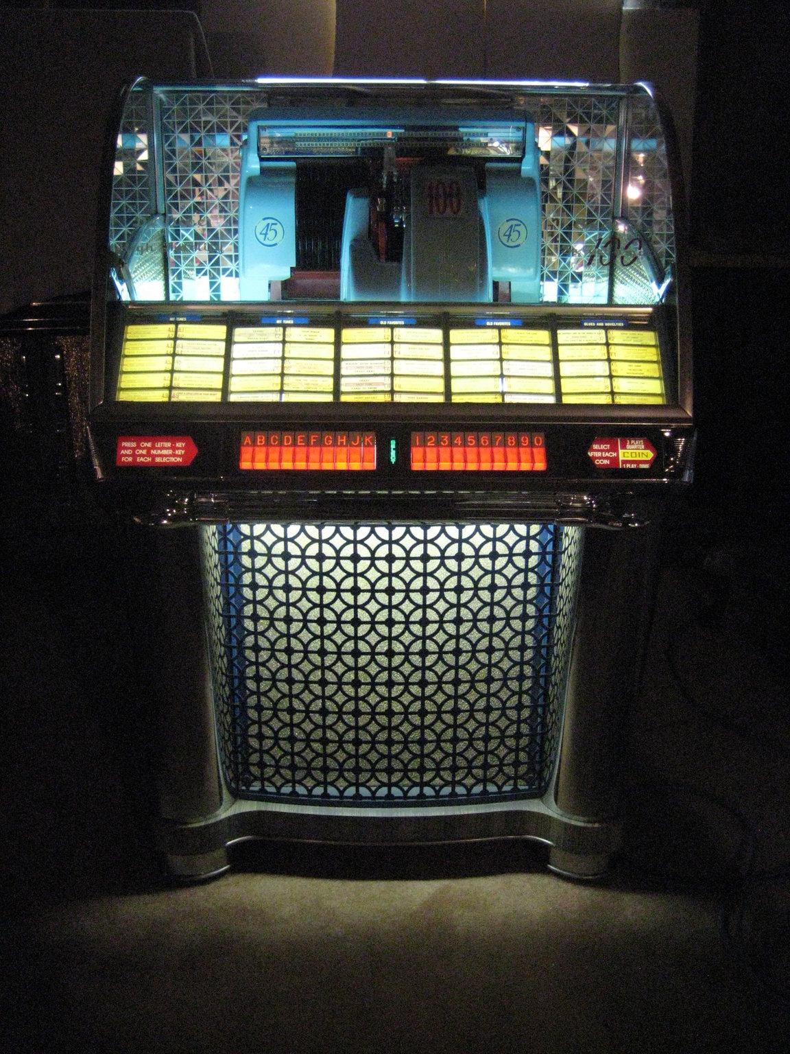 Free Jukebox Classified Ads Seeburg Wurlitzer Rock-Ola & Ami