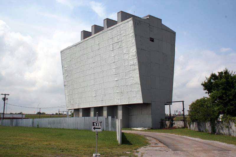 Admiral Twin Drive In Movie Theater Tulsa Oklahoma At Www Pinballrebel