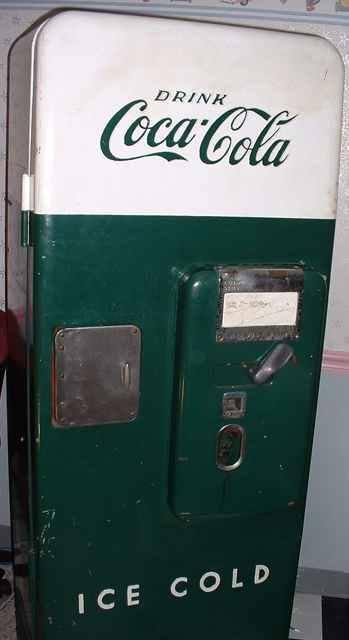 Cavalier C 51 Coca Cola Vending Machine Of 1950 S