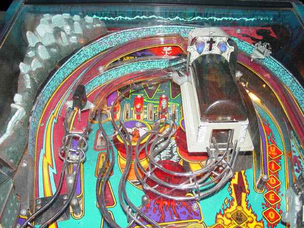 Bram Stokers Dracula Pinball By Williams of 1993 at www