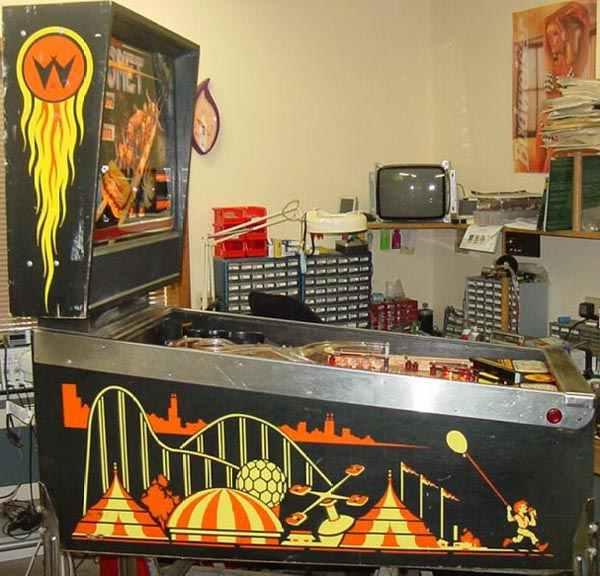 comet pinball machine