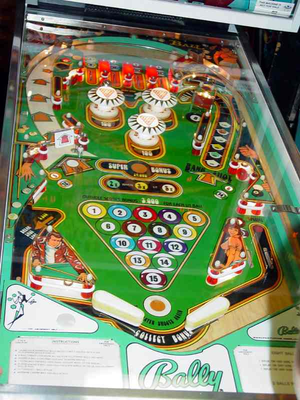8 deluxe pinball machine for sale