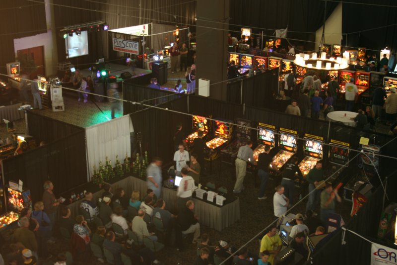 The main hall for the Texas Pinball Festival 2009