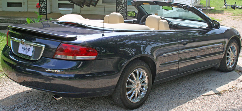 The New Body Style Sebring Is Much Ger But Loses Trunk E Due To Way They Designed Top Be A Convertible Hardtop